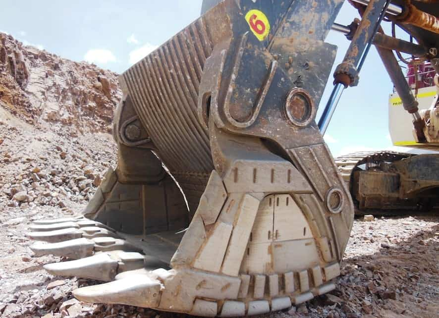 Wear Plates for Loaders and Excavator Buckets