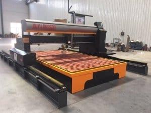 Máy được sử dụng để làm cứng